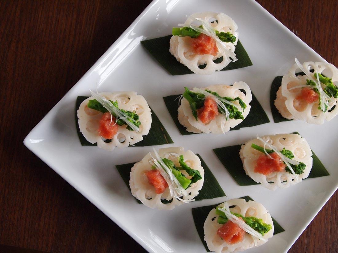 酢ばすと菜の花の一口寿司